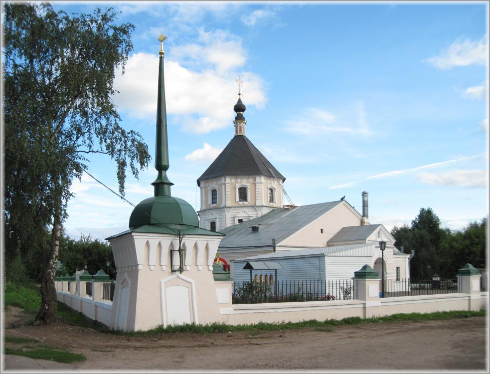 Ныне на месте женского монастыря, в котором пребывала св. Анна, находится Покровская церковь и вещевой рынок