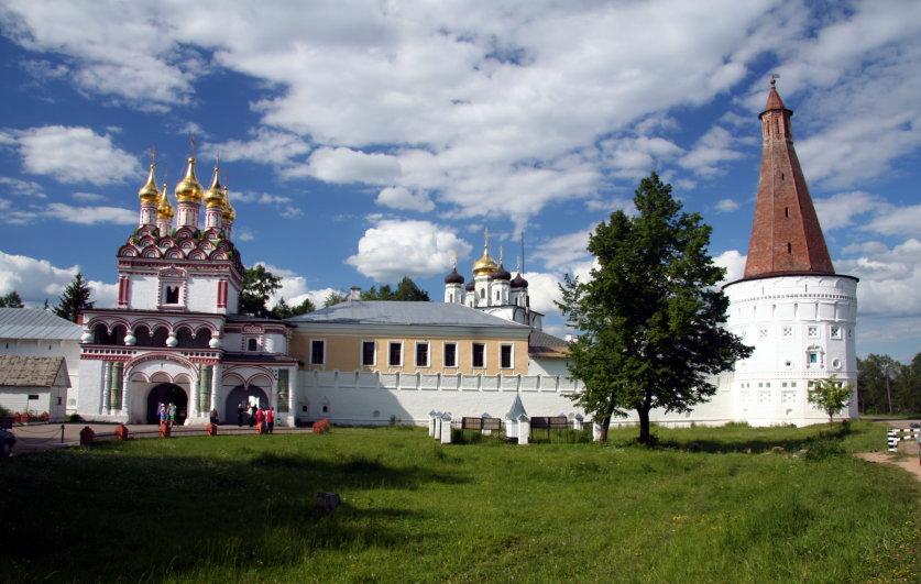 Современный вид Волоколамского монастыря