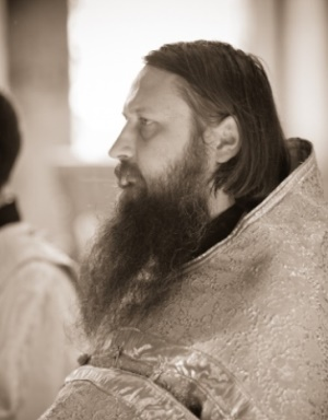 Настоятель калужского храма Знамения Пресвятыя Богородицы о. Иоанн Курбацкий