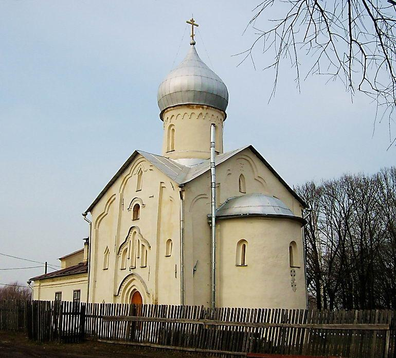 Многие выходцы из этих деревень теперь прихожане невской общины в санкт-петербурге и общины в великом новгороде.