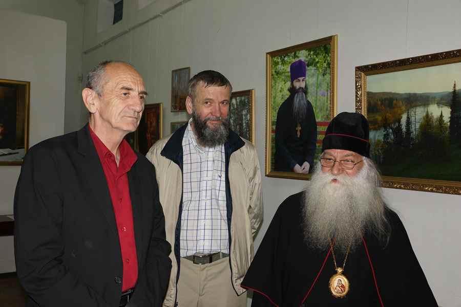 Слева направо: Абрамов В. А., Токарев А. П., архиепископ Савватий