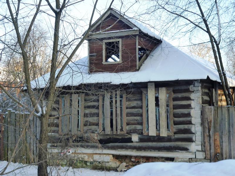 Дом, в котором жила семья Карповых