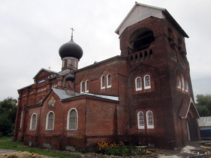 Восстановленный храм во имя Рожества Пресвятыя Богородицы в г. Орехово-Зуево. 2013 год