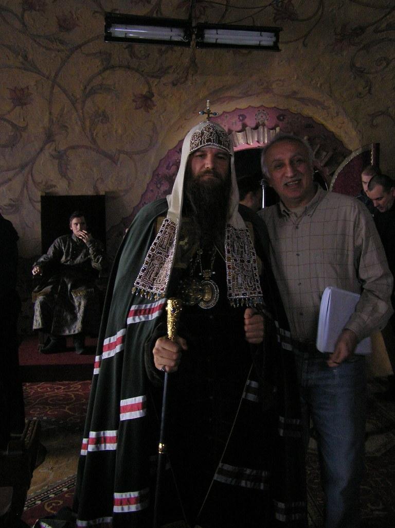 На съёмках сериала «Раскол». Н. Н. Досталь и Валерий Гришко (Патриарх Московский Никон)
