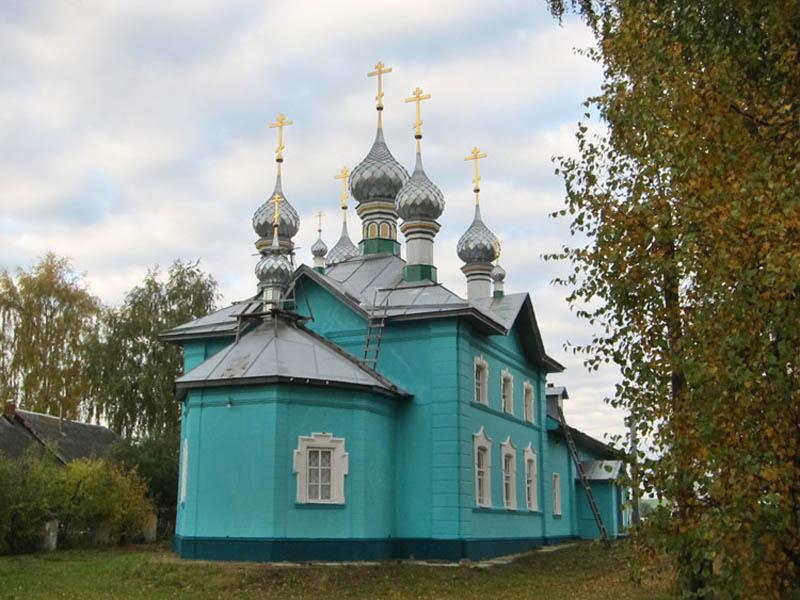 Храм РПСЦ во имя Покрова Пресвятыя Богородицы, с. Стрельниково Костромской области