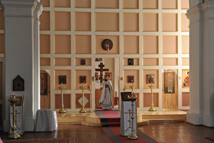 В храме Покрова Пресвятой Богородицы г. Уральска. 2015 год