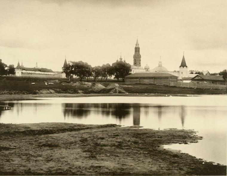 Вид Преображенского кладбища (через Хапиловский пруд). Москва, 1886 г.