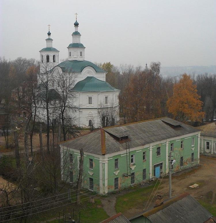 Богородицкий, позднее — Спасо-Преображенский Авраамиев монастырь в Смоленске. Вид на обитель с заалтарной башни
