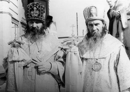 Архиепископ Геннадий (Антонов) и Епископ Леонтий (Кречетов). г. Новозыбков, 1979 г.
