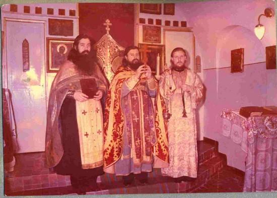 Баку, 1978 год. Слева направо: о.Терентий, о.Евгений Бобков, диакон Никола Косырев