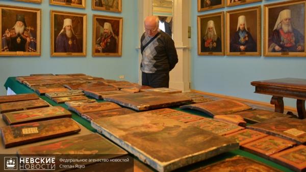 19 конфискованных икон передадут Русскому музею