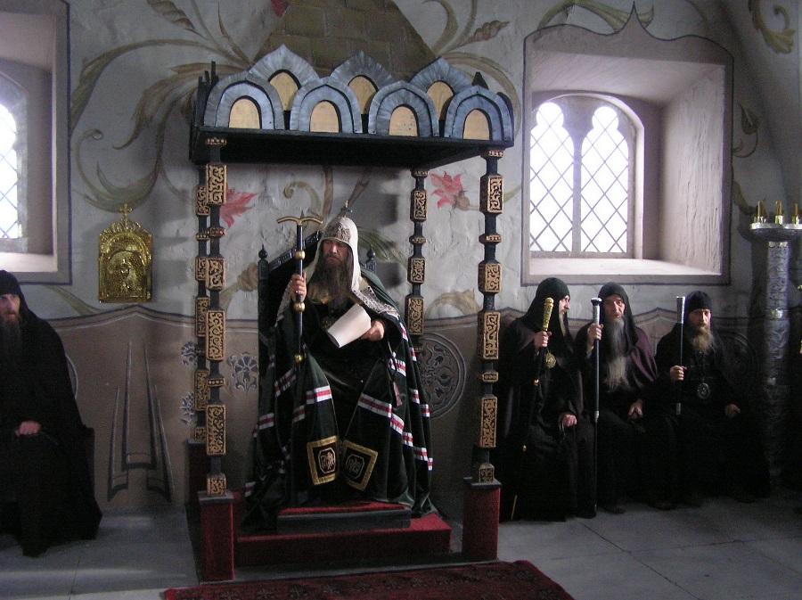 Собор 1654 года во главе с патриархом Никоном. Фото со съемочной площадки  фильма «Раскол». Автор фото Г. Чистяков