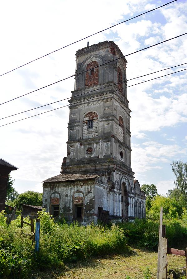Остов каменной колокольни Троицкого старообрядческого храма во Ржеве