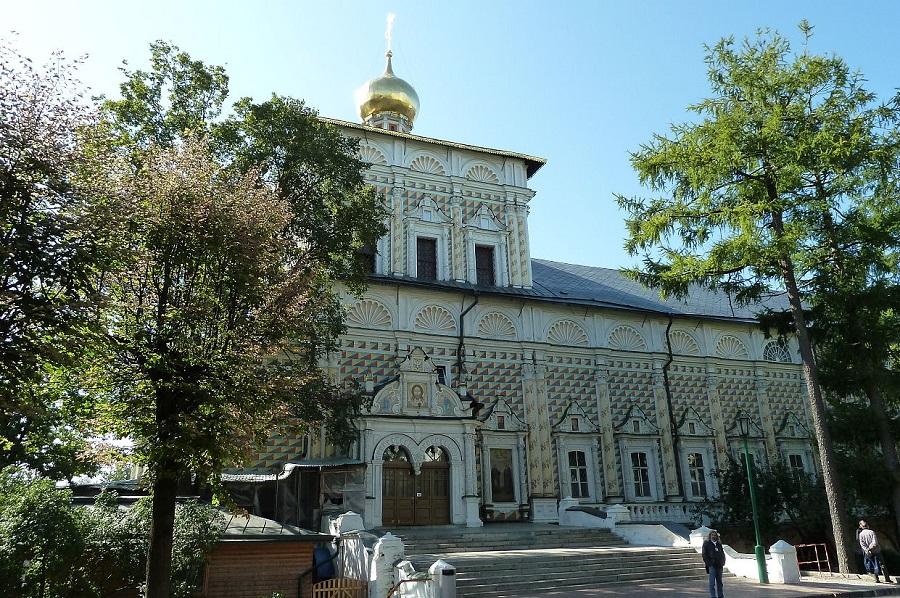 Церковь Преподобного Сергия с трапезной палатой (так называемая Трапезная церковь) в Троице-Сергиевой лавре
