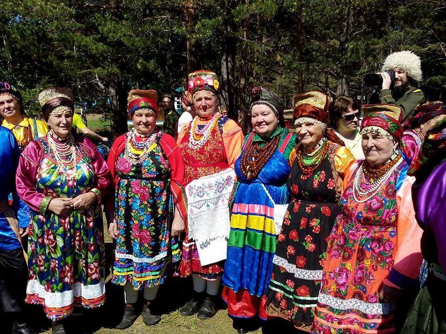Семейские-старообрядцы на фестивале культуры «Семейская круговая»
