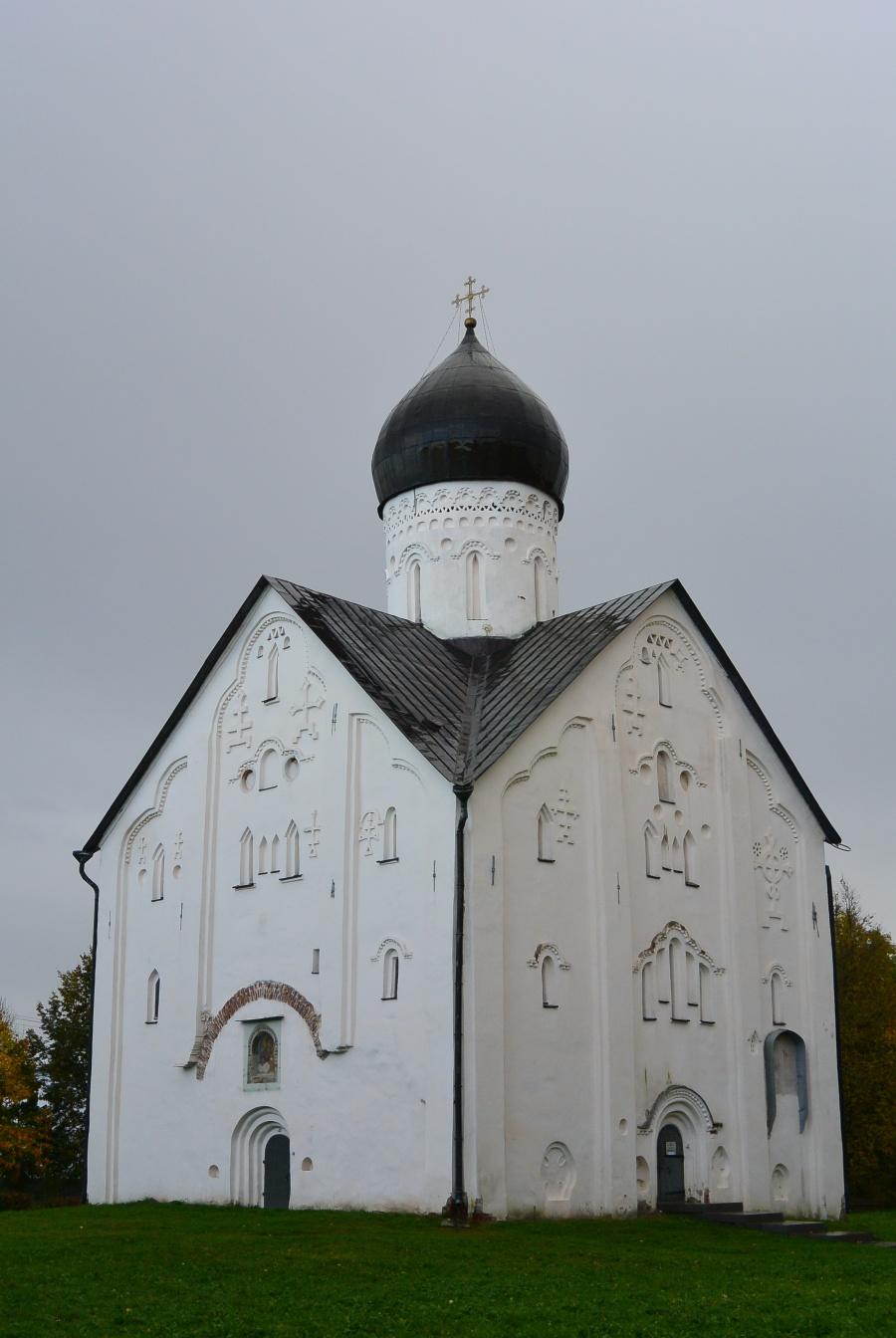Церковь Спаса Преображения на Ильине улице. 1374 год