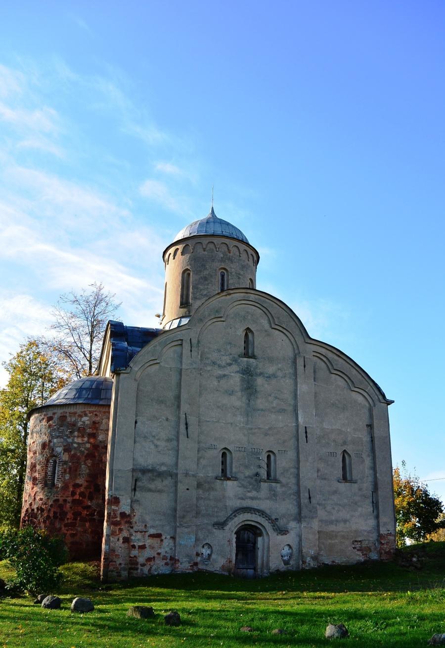 Храм Петра и Павла на Славне. Великий Новгород