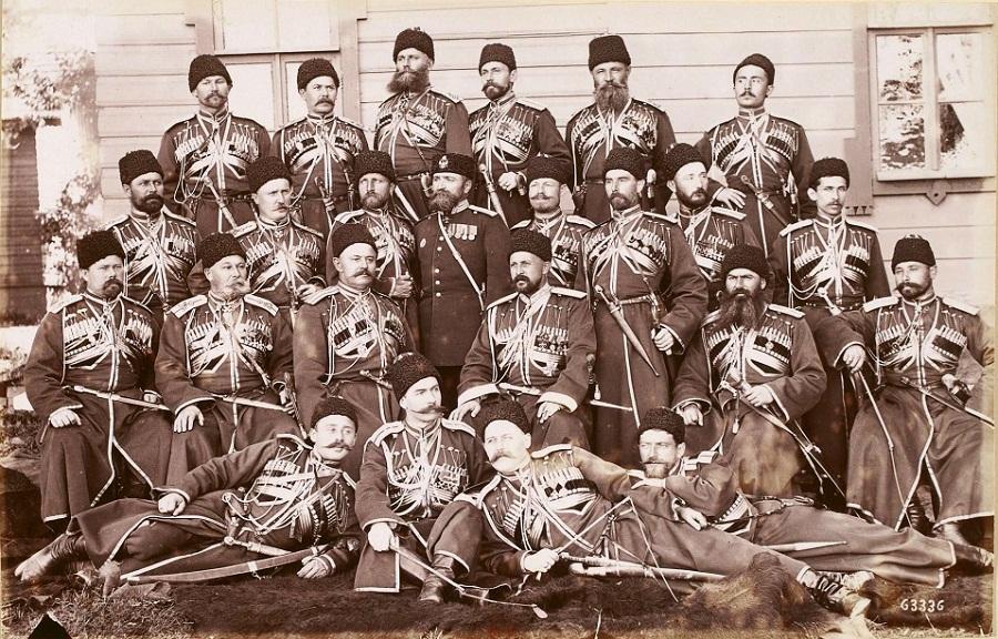 Кубанские казаки из императорского конвоя-охраны российских монархов от Александра I до Николая II. 1892 г.