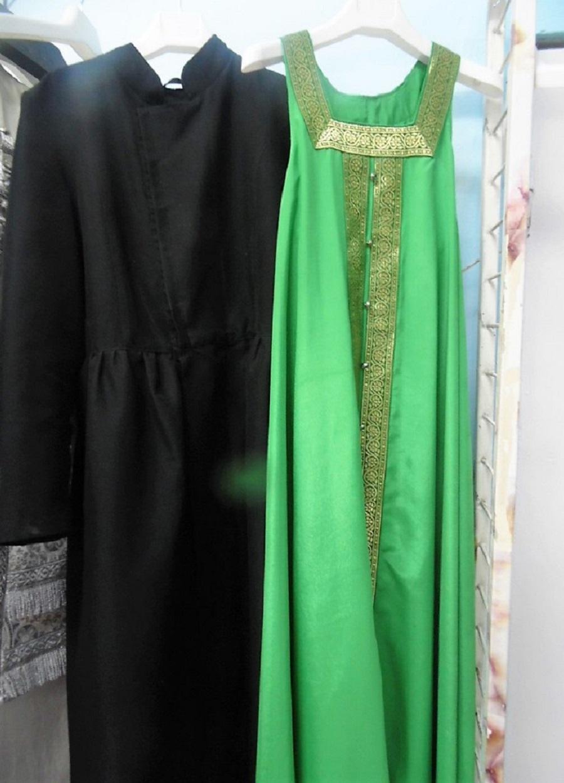 Мужской кафтан и женский сарафан — обычная современная молитвенная одежда старообрядцев поповского согласия