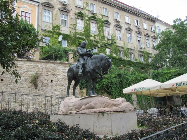 Памятник Георгию Победоносцу. Загреб (Хорватия)