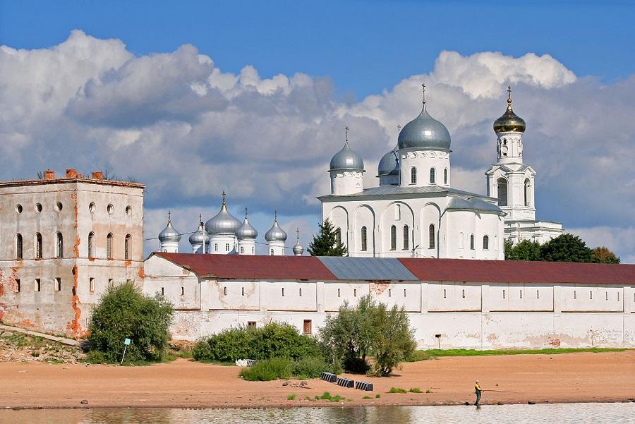 Юрьев монастырь (Новгородская область)