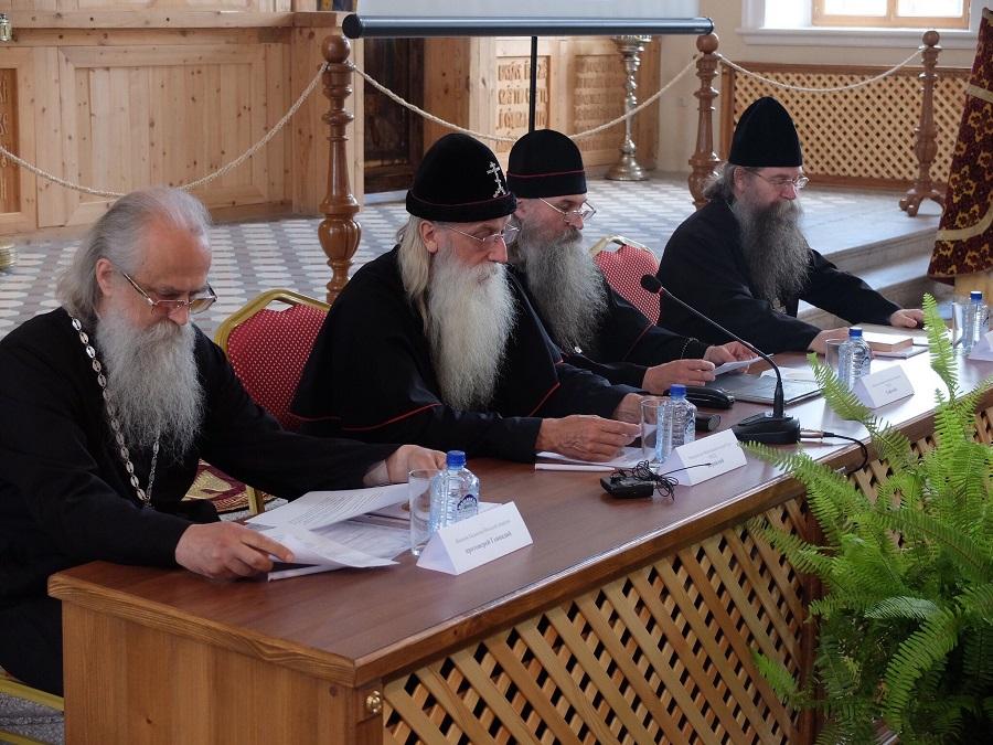 Выступление митрополита Корнилия на Всероссийской научно-практической и богословской конференции «Старообрядчество и революция»