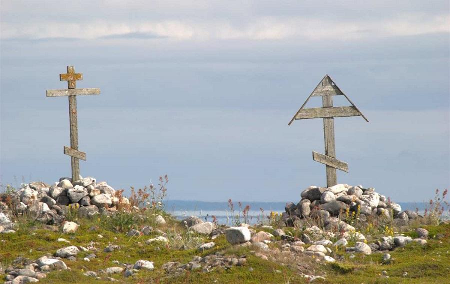 Поморские обетные кресты. Мыс Колгуев, остров Анзер