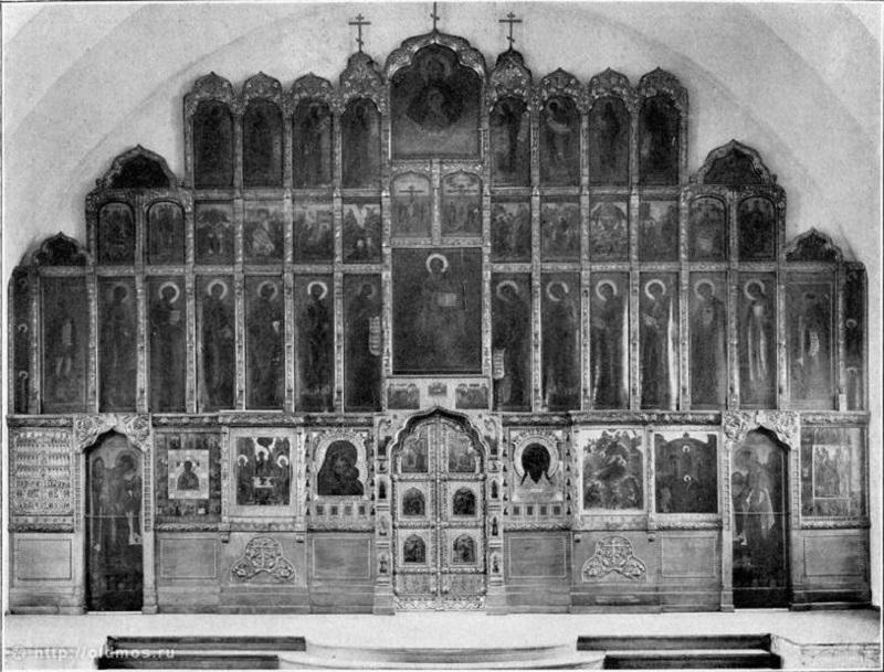 Величественный, бронзовый, четырехъярусный иконостас храма, 1912 год