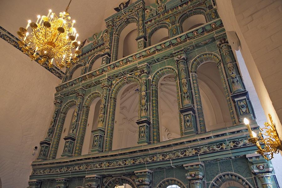 Керамический иконостас Воскресенского собора Ново-Иерусалимского монастыря