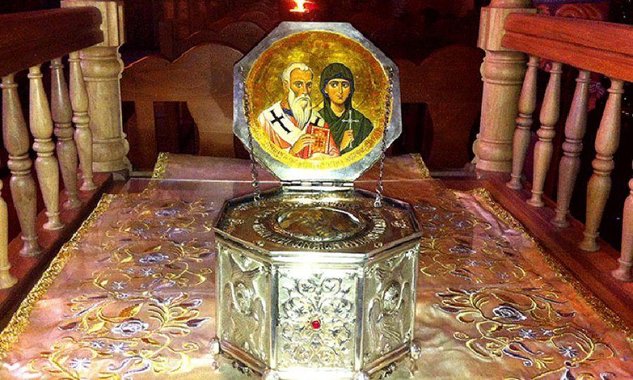 Мощи святых Киприана и Иустины в Менико (Кипр)