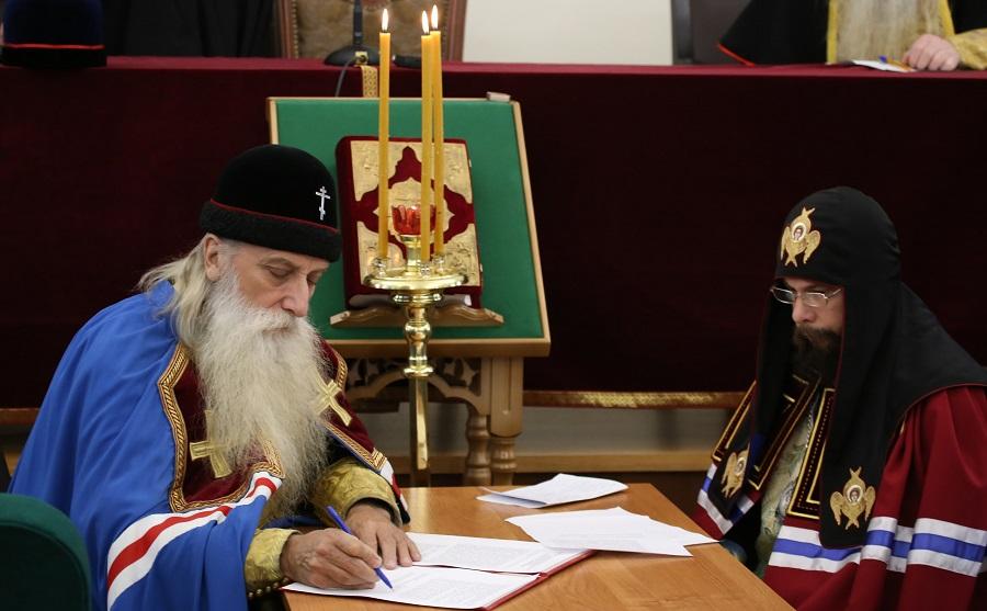 Митрополит Корнилий (Титов) и епископ Никодим (Елякин)