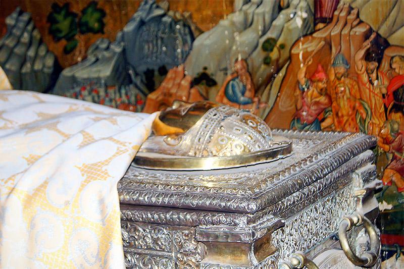 Рака со святыми мощами великомученицы Екатерины в монастыре на Синае