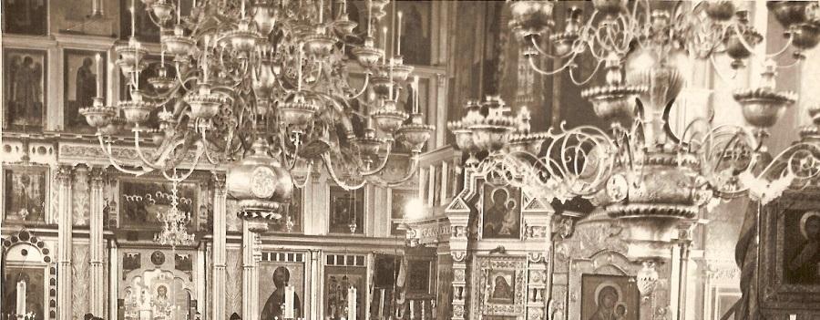 Паникадила в Покровском храме на Рогожском