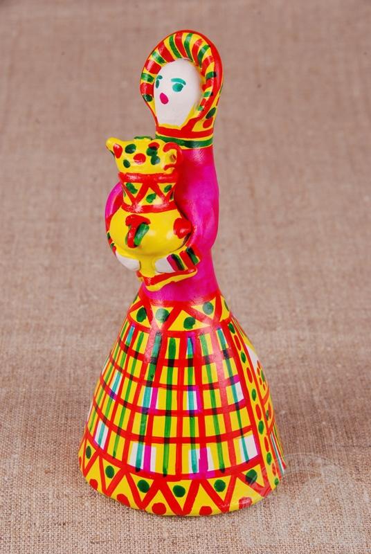 Филимоновская русская народная игрушка «Дама с самоваром»