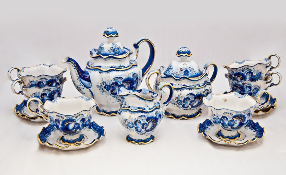 Чайный сервиз из Гжели