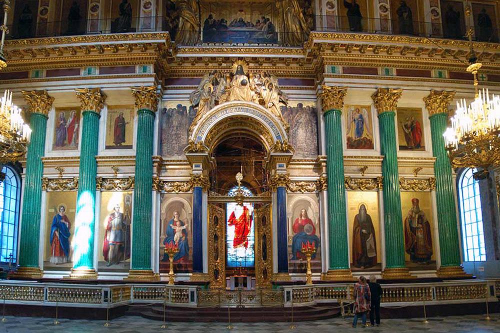 Малахитовые колонны иконостаса