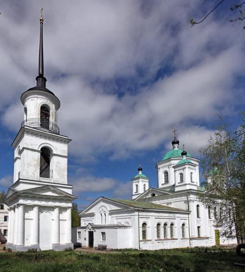 Вознесенский кафедральный собор г. Кашина (РПЦ). В этом храме ныне пребывают мощи святой Анны