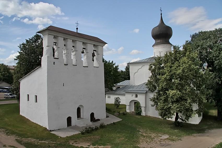 Церковь Успения с приделом во имя святой равноапостольной княгини Ольги в Пскове