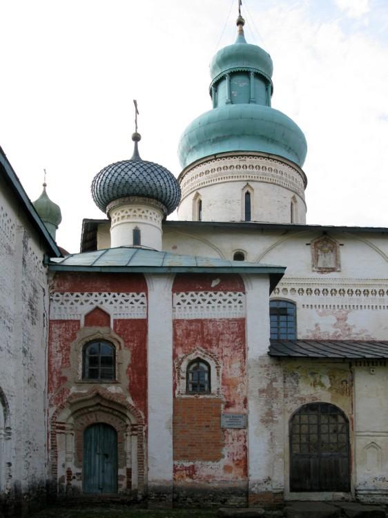 Храм во имя святого князя Владимира в Кирилло-Белозерском монастыре