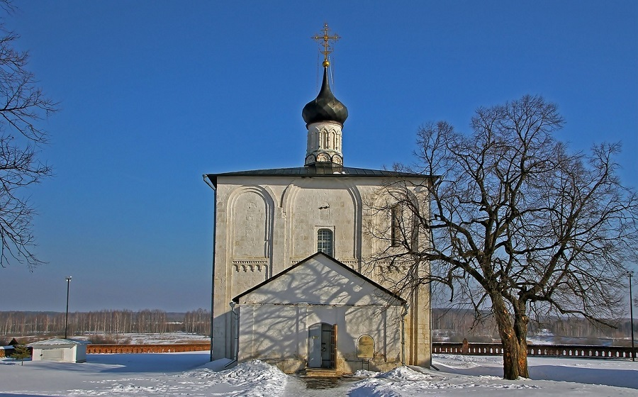 Церковь святых Бориса и Глеба в с. Кидекша Суздальского района Владимирской области. 1152 год