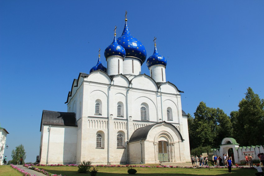 Собор Рождества Пресвятой Богородицы в г. Суздале. Построен между 1222 и 1225 гг.