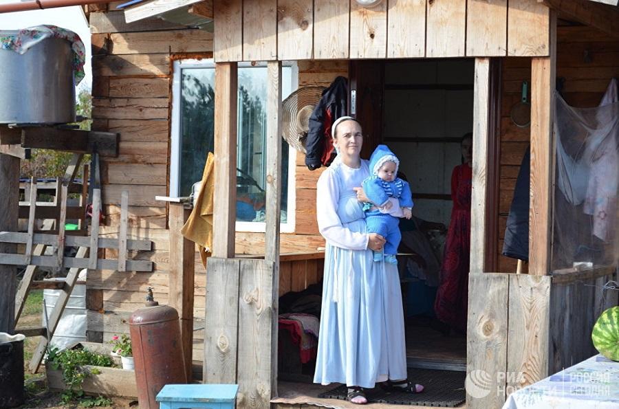 Жительница поселения староверов рядом с городом Свободным Амурской области