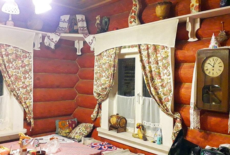 b2b00e4a29c7 Как изменились русские традиции строительства дома в уральских условиях?  Во-первых, снежные и морозные зимы здесь редко обходятся без ветров.