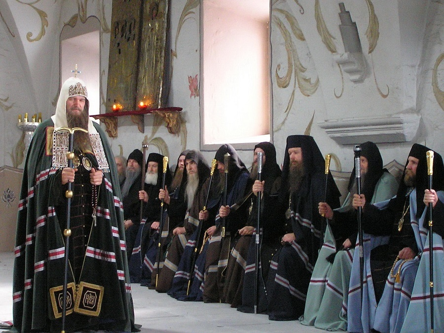 Греческие патриархи, участники Большого Московского Собора 1666-1667 годов. Кадр со съёмочной площадки киносериала  «Раскол»