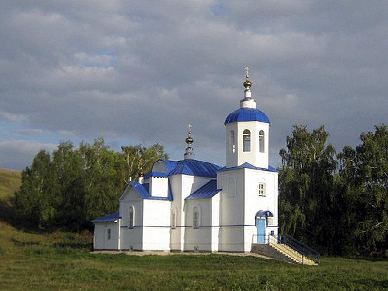 Храм РПсЦ в честь Тихвинской иконы Пресвятой Богородицы  в с. Соболевское