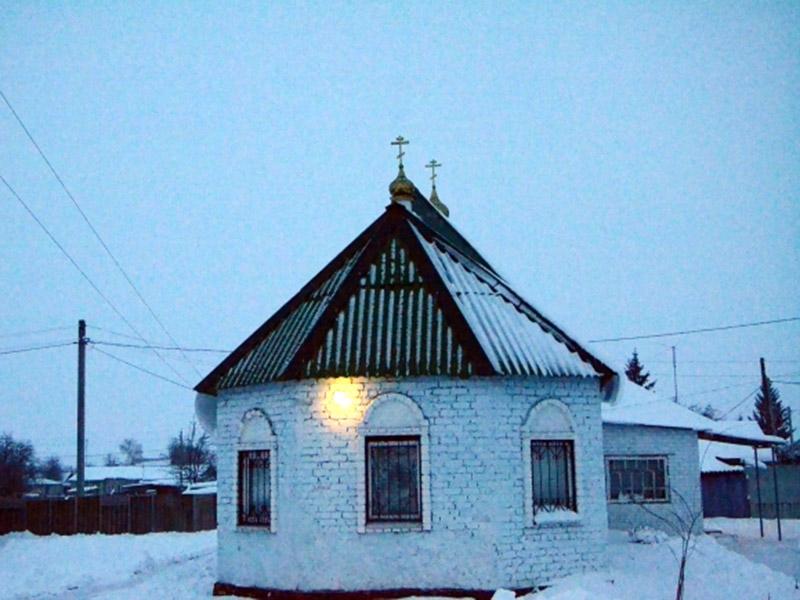 Храм РДЦ в честь Положения Ризы Господней, п. Золотухино Курской области