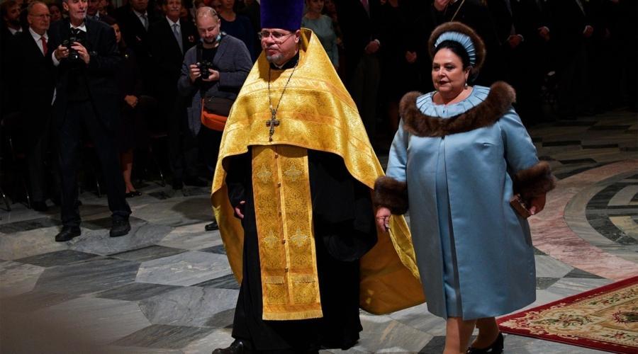 Монархия в России: от трагедии к фарсу