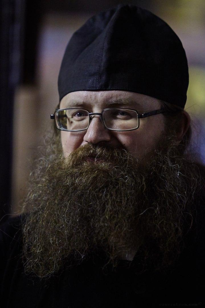 О. Вадим Коровин: «Многие святые не имели официальной церковной канонизации, и если сейчас этот критерий сделать обязательным, то придется вычеркнуть большинство имен»