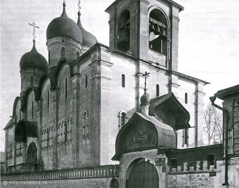 Николай ДмитриевичПоликарпов — архитектор старообрядческого Успенского собора на Апухтинке