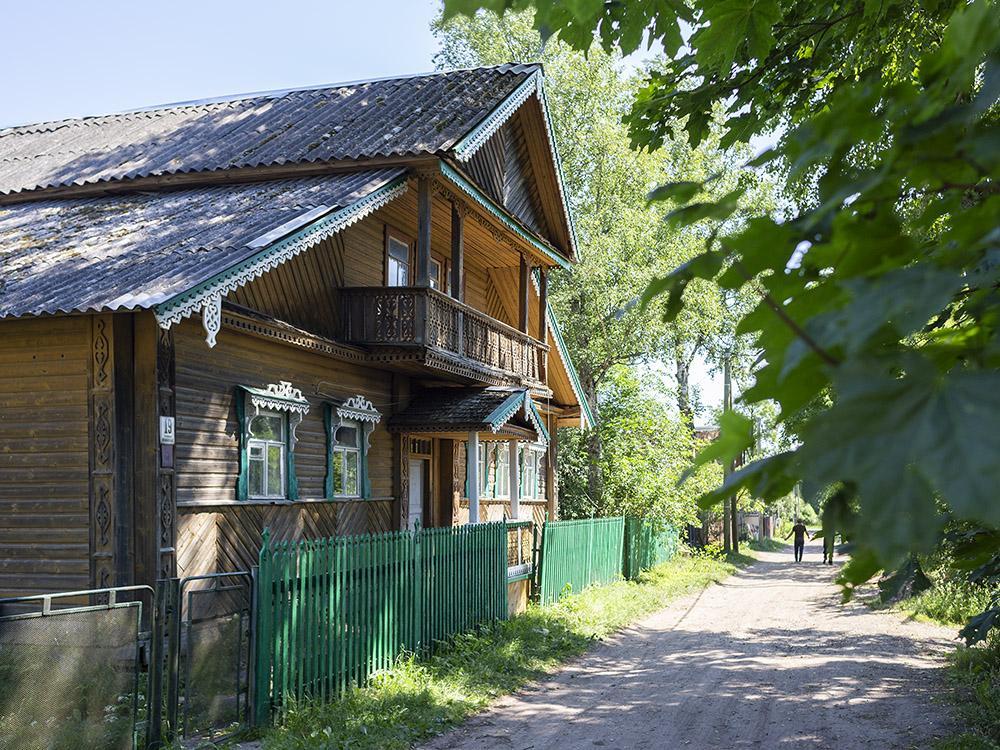 Лампово— заповедник Русского Севера под Петербургом. Как живет деревня староверов, где сохранились 150-летние деревянные избы
